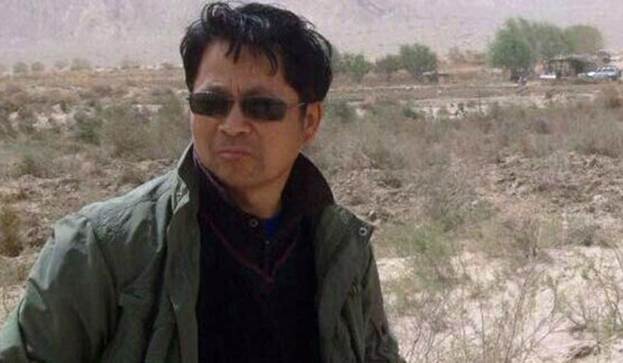 新疆原法官黃雲敏,因為幫助訪民於2017年被逮捕。他的妻子最近前往探監的時候才得知,黃雲敏已經被判刑十年。(維權網)