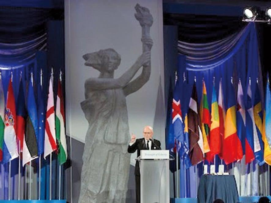共產主義受難者基金會(VOC)主席李.愛德華茲(Lee Edwards)(VOC提供圖片)