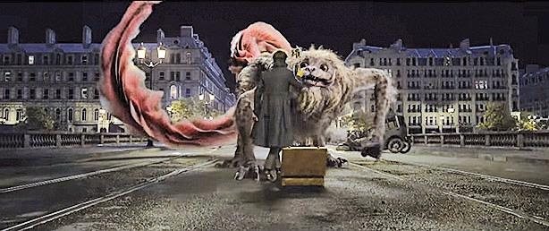 《怪獸》系列電影一向以各類 珍奇異獸為重要噱頭,如本片的 玻璃獸、五足獸(圖)及海怪等。