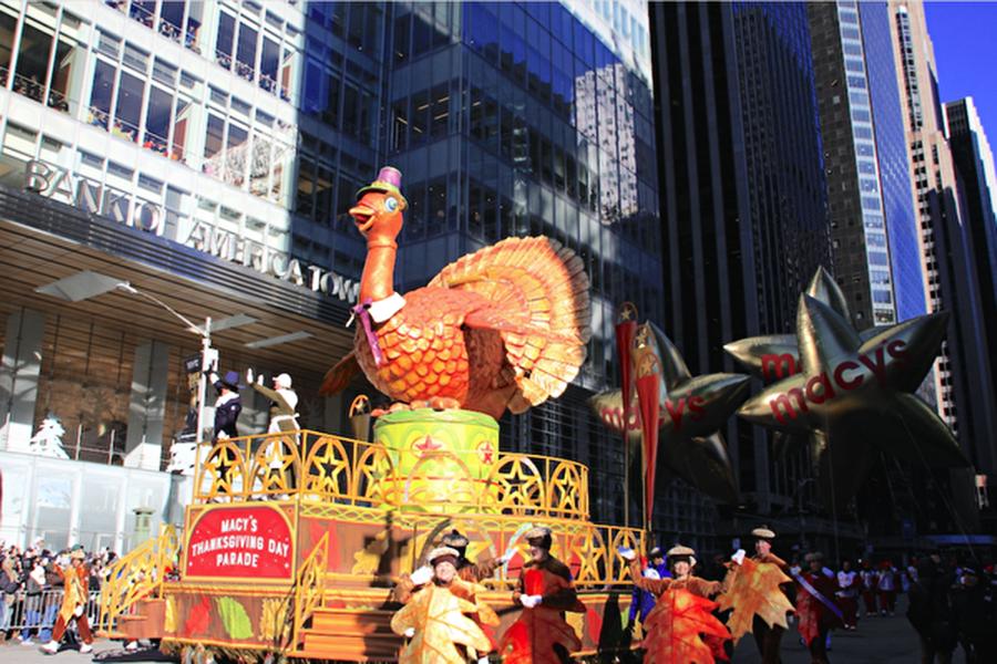 117年來最冷感恩節遊行 觀眾:越冷越興奮