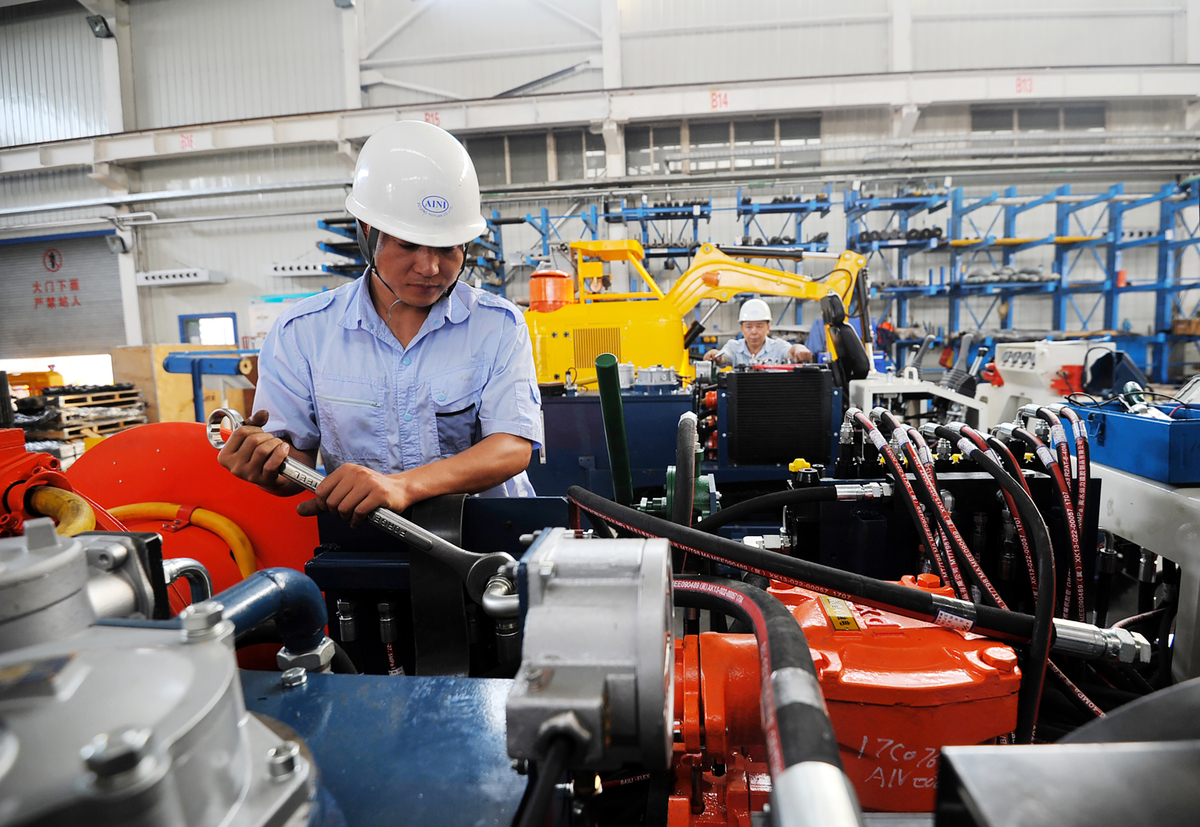 美中貿易戰沒有任何緩解跡象,美國媒體報道說,中共以國家支持為前提,推動主導未來技術的「中國製造2025」計劃,成為解決美中貿易戰最大障礙之一。圖為示意照。 (AFP)