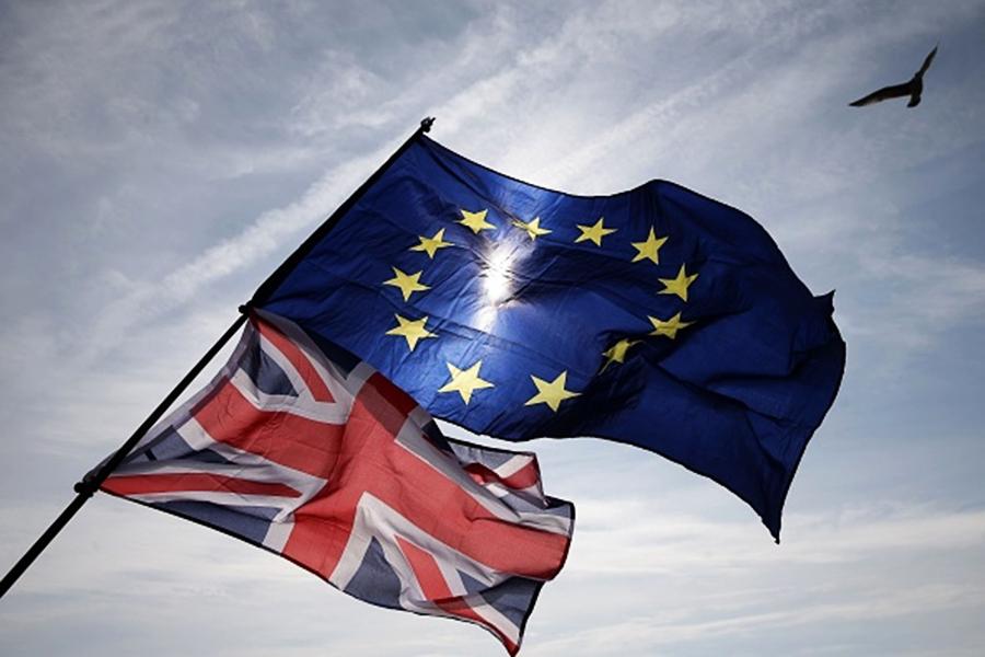 脫歐草案獲歐盟批准 但仍面臨多種變局