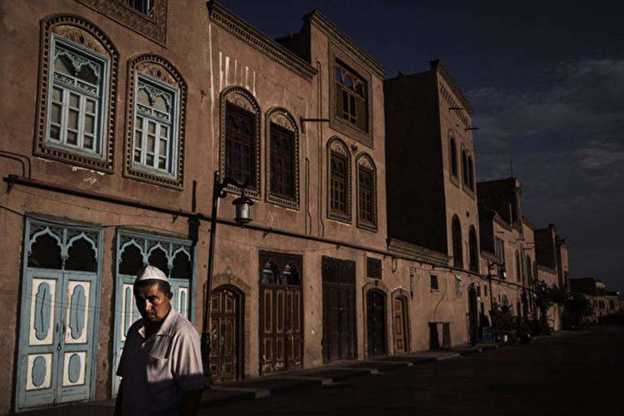 數百學者籲關閉新疆集中營 制裁中共官員