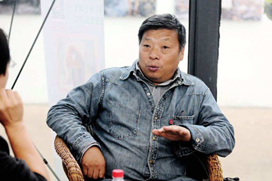 中國良心攝影師盧廣 在新疆「被失蹤」