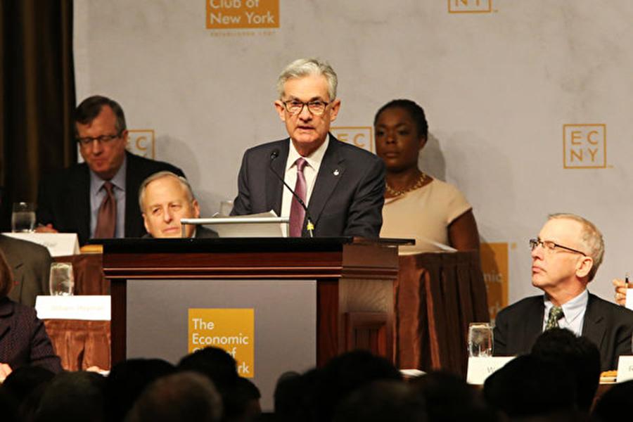 週三(11月28日),美聯儲主席鮑威爾在一場演說中表示,目前基準利率已接近中性水平。市場人士預期美聯儲或放慢加息腳步,美股應聲大漲。(Spencer Platt/Getty Images)