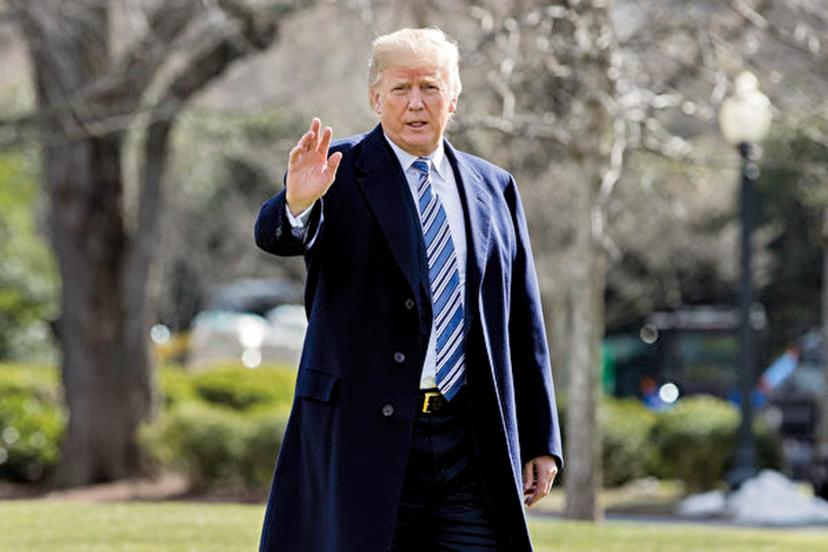 特朗普民調再升,54%的美國人認為,特朗普能夠在2020年連任。(The Epoch Times)