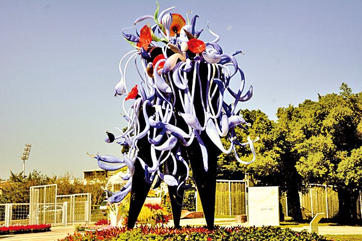花博豐原葫蘆墩第一區有很多琉璃裝置藝術。