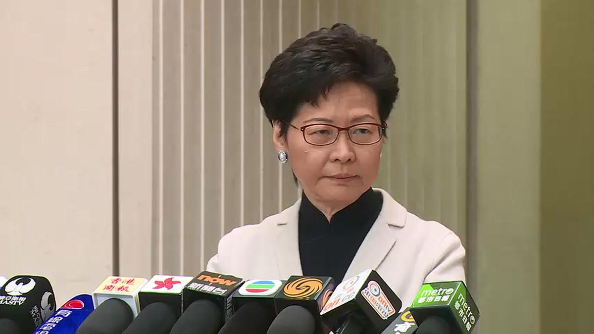 林鄭月娥昨日稱孟晚舟持有的特區護照只有一本有效。(影片擷圖)