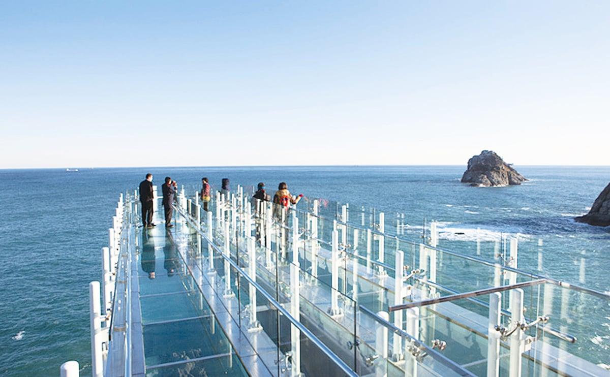 五六島玻璃橋。(整版圖片來源:韓國觀光公社)