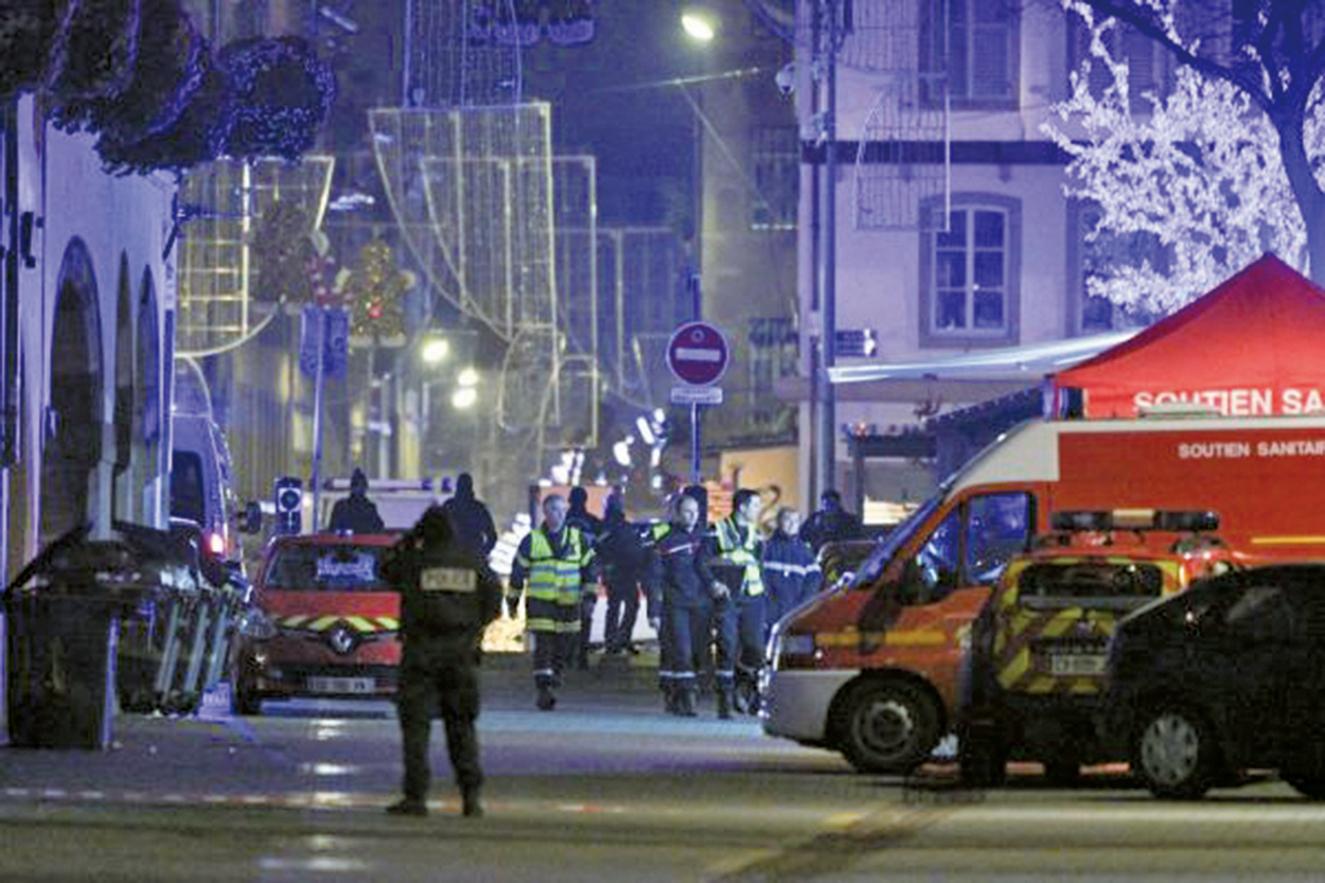 12月11日,法國斯特拉斯堡的聖誕集市發生死傷恐怖襲擊,至少造成4人死亡,11人受傷。(AFP)