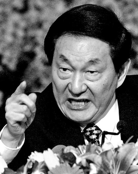 前中共總理朱鎔基資料圖。(Getty Images)