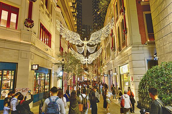 【圖片新聞】利東街聖誕亮燈