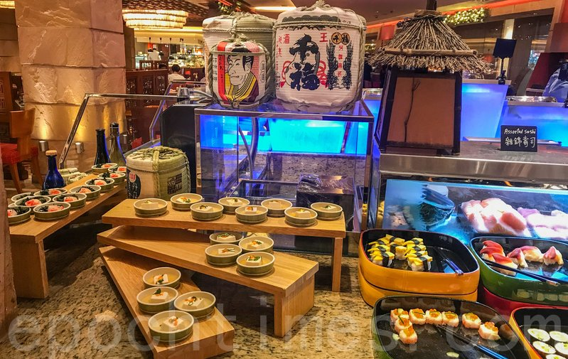 日式食品區有多款壽司、冷麵、刺身等。