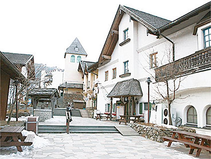 茂朱德裕山渡假村。