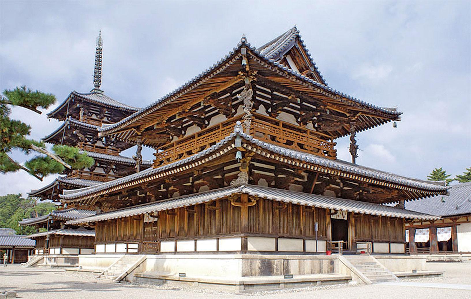 日本聖德太子執政期間的飛鳥時代在奈良縣興建的法隆寺。(663highland/維基百科)