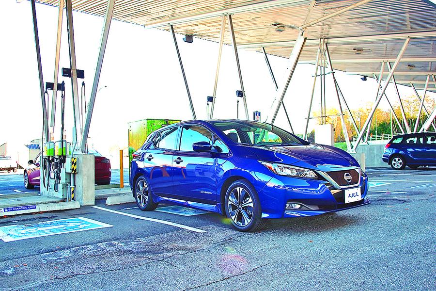 增強動力 增長續航 2018 Nissan LEAF SL