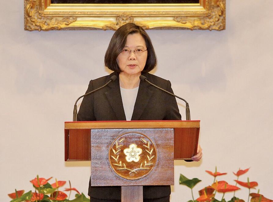 中華民國總統蔡英文1月2日表示,中共所定義的「九二共識」就是一個中國、一國兩制,台灣絕不會接受。(大紀元)