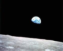 「地球升起」照片改變了世界