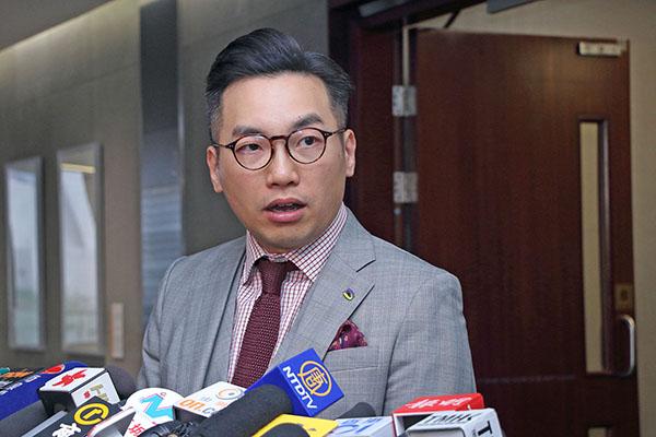 公民黨黨魁楊岳橋擔憂《國歌法》將損害表達自由和成為取消議員資格的藉口。(蔡雯文/大紀元)