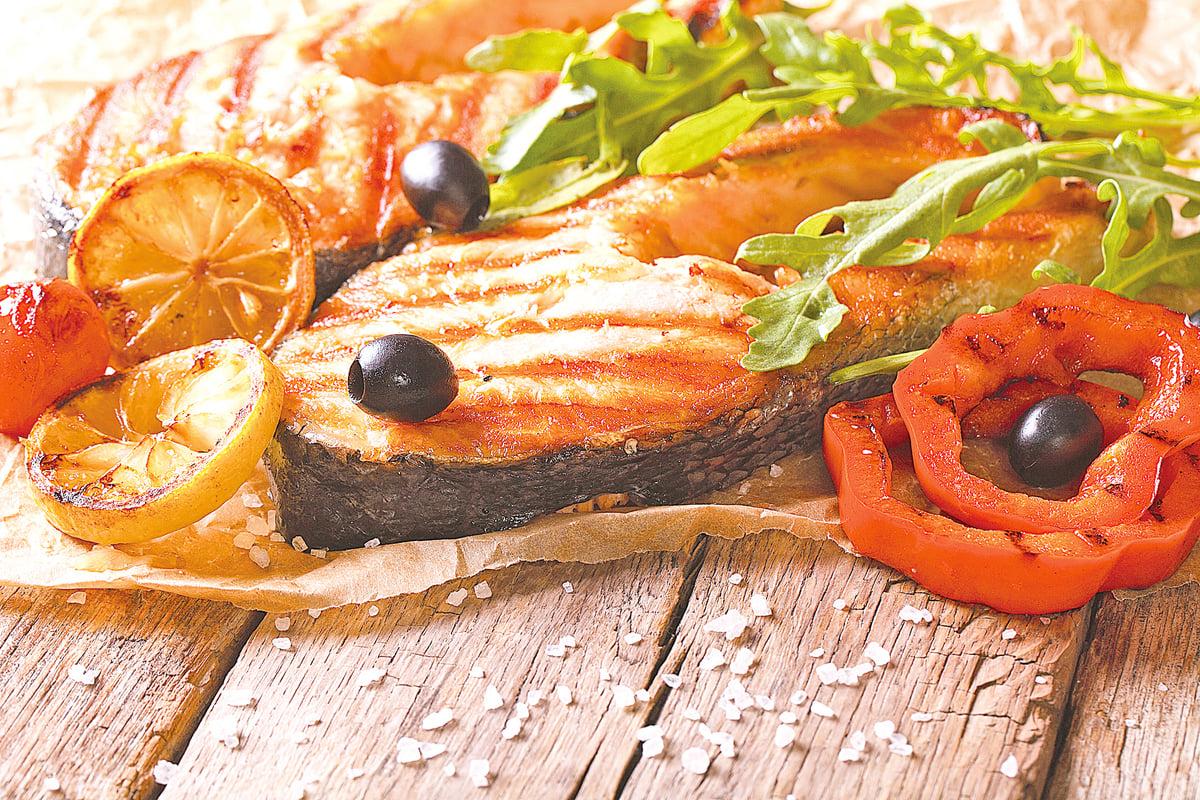 三文魚因位於食物鏈的最高層,容易受到重金屬污染。