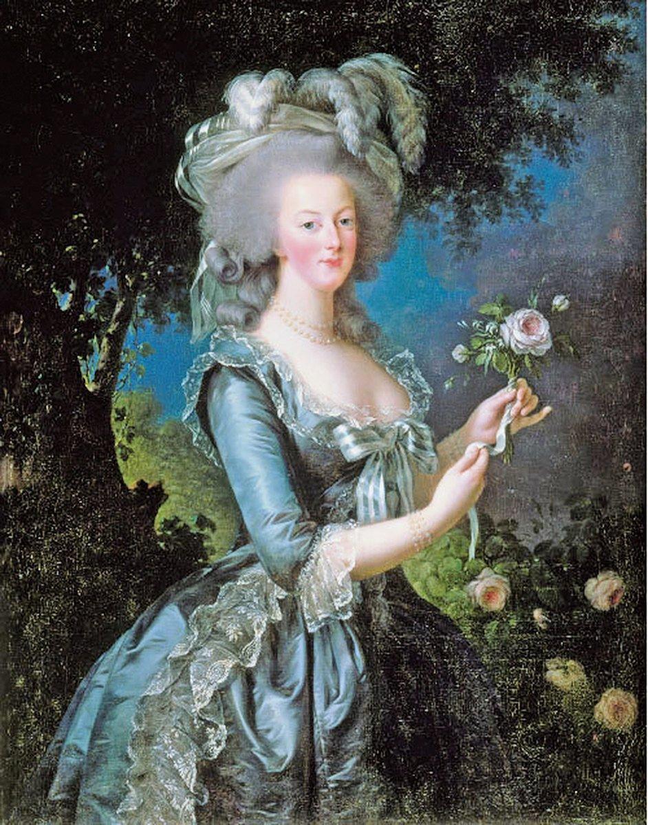 〈持玫瑰的瑪麗.安托瓦內特〉,伊莉莎白.維傑.勒布倫作,1783年。(公有領域)