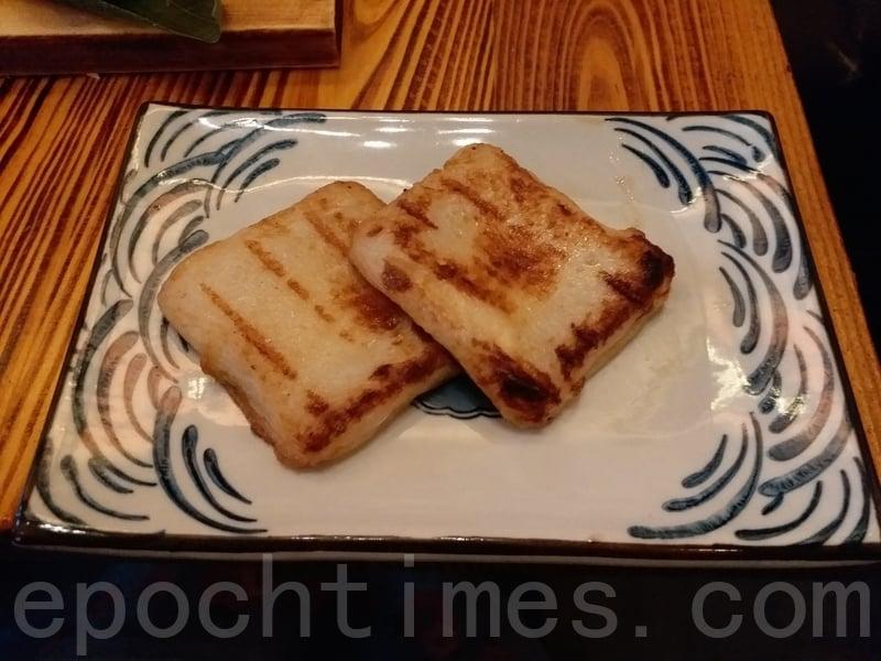 流心芝士魚餅的芝士味淡,但魚味濃。