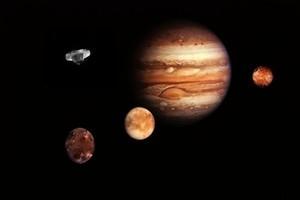 神秘巨型UFO飛過木星 實時觀測視頻引熱議