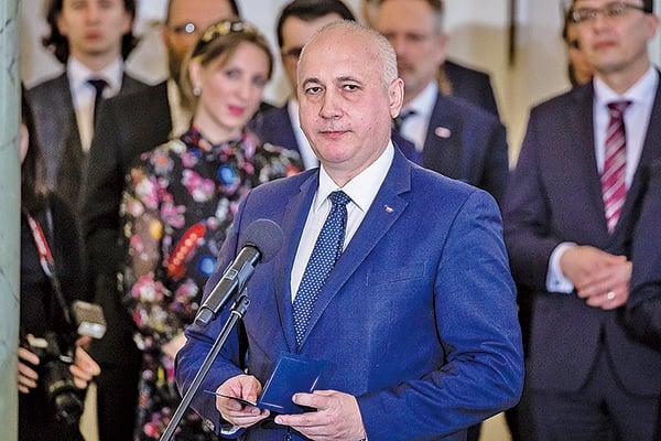 波蘭內政部長布魯津斯基表示希望繼續與大陸合作,但需要討論是否將華為排除出歐美部份市場。(WOJTEK RADWANSKI/AFP/Getty Images)