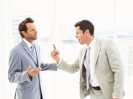 與同事發生衝突怎麼辦? 心理專家談應對