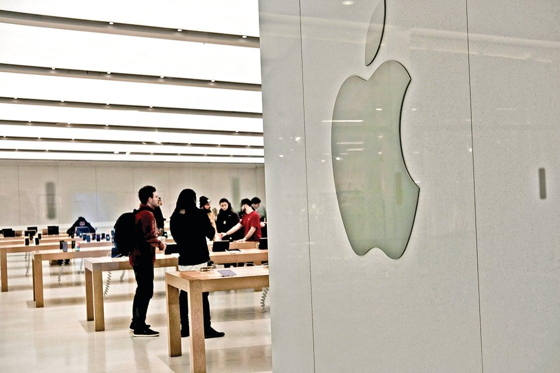 2019年對蘋果來說仍是一個重要的年份,果粉們仍然期待新的iPhone、iPad、Mac問世。圖為一家蘋果店。(Spencer Platt/Getty Images)