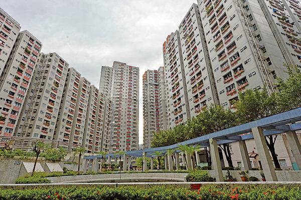 香港連續第九年居全球樓價最難負擔城市首位。圖為紅墈家維村。(大紀元圖片庫)