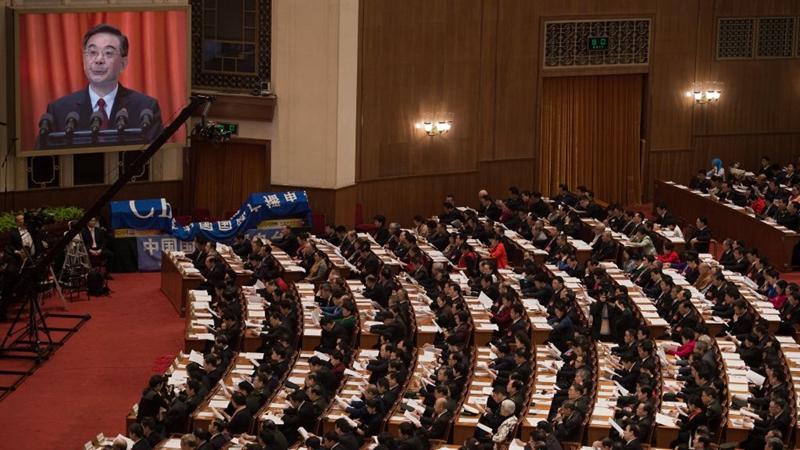 中國維權律師滕彪刊文揭露最高法院的三張面孔:傀儡、盜賊和幫凶。(NICOLAS ASFOURI/AFP/Getty Images)