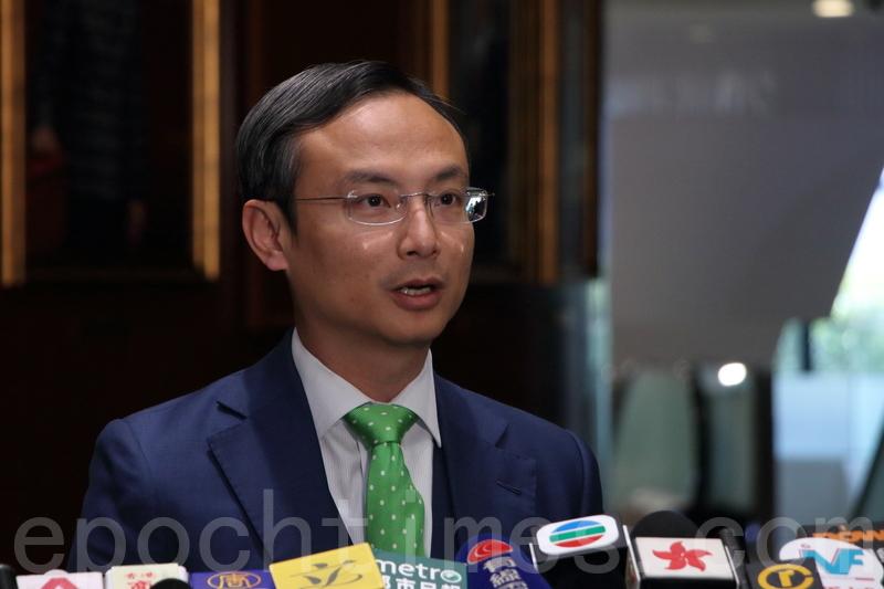 陳沛然表示,周六的申訴大會是希望為公立醫院的前線醫生提供平台,直接向局方反映意見。(蔡雯文/大紀元)