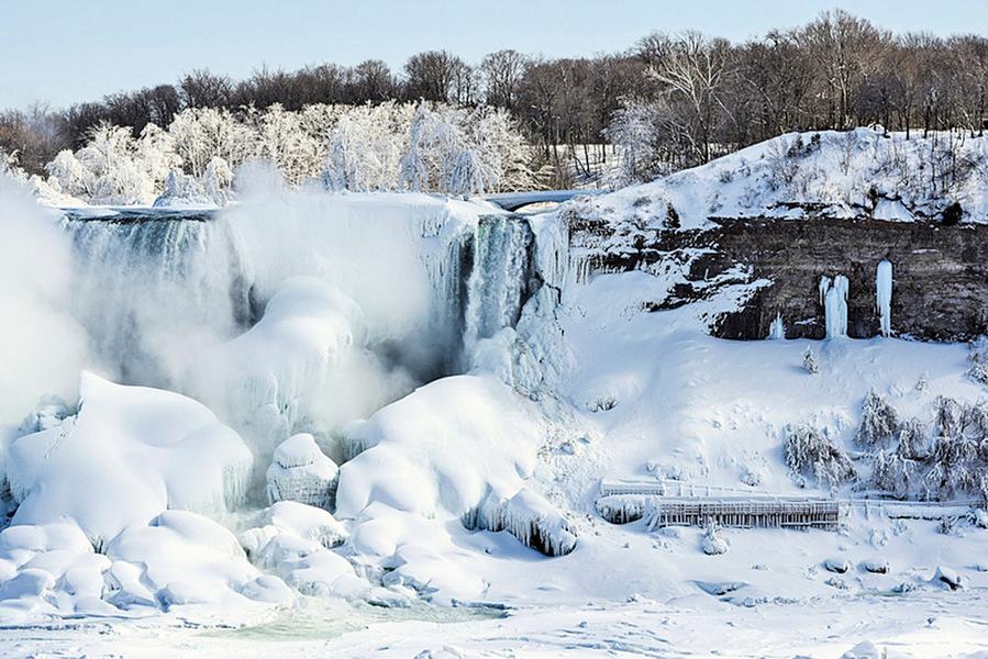 下雪結冰 尼亞加拉大瀑布變冰瀑