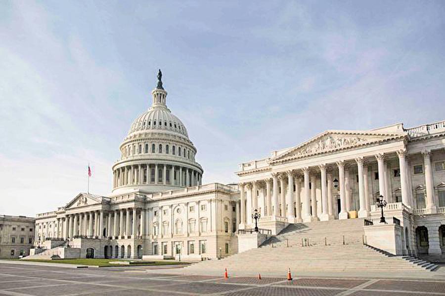 擬重開政府和提供建牆費