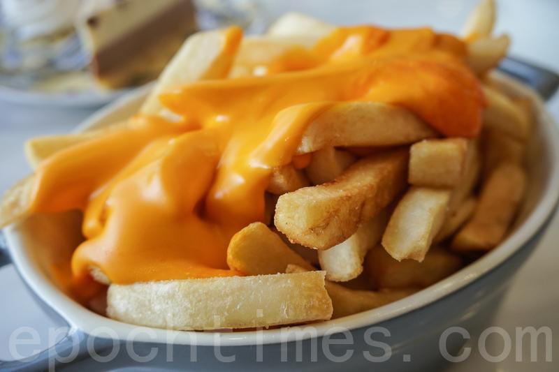 芝士薯條。