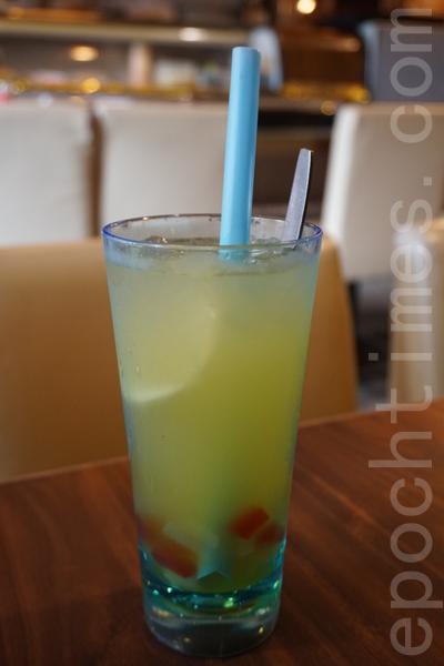 金桔檸檬蒟蒻特飲。