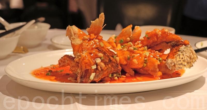 松子桂花魚要快食,凍咗酸甜汁就會變得杰身,漿住唔好食㗎喇。
