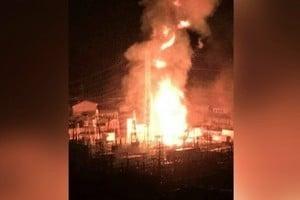 西安變電站爆炸 黑夜如白晝