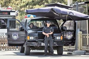 警察工資暴漲38% 消息急刪