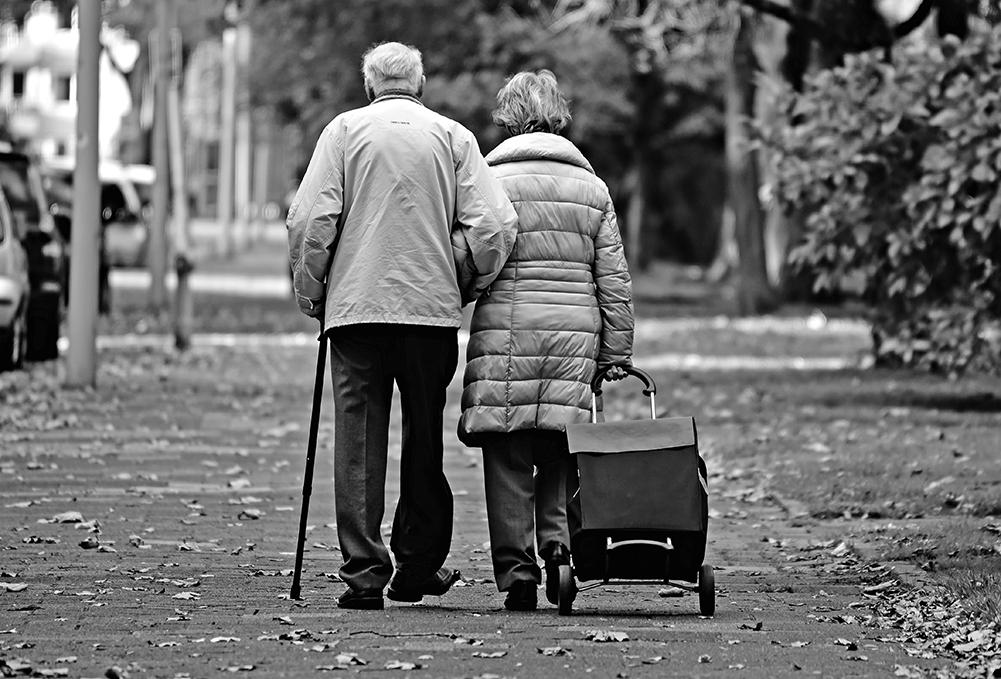 一項新研究指出,女性大腦年齡平均比實際少了3歲以上,這可能是女性比男性長壽的原因。(Creative Commons)