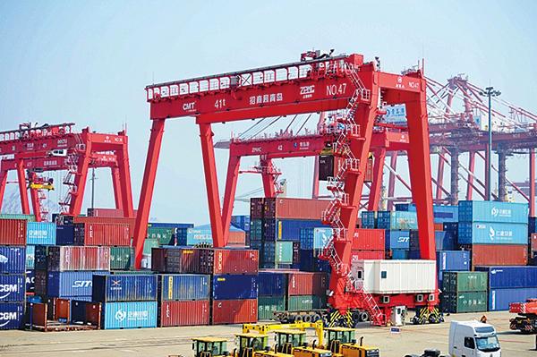 路透社調查指,中國大陸今年1月的貿易經濟或再度衰退,連續第二個月進出口下滑。(Getty Images)