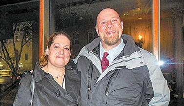 聯合健康集團全球網絡安全副總裁Allison Miller和丈夫Josh Murack。