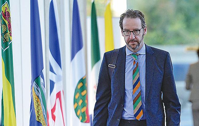 加拿大政壇震盪 總理首要秘書辭職