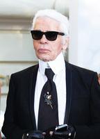 效力時裝界60年——時尚界的傳奇大師 Karl Lagerfeld