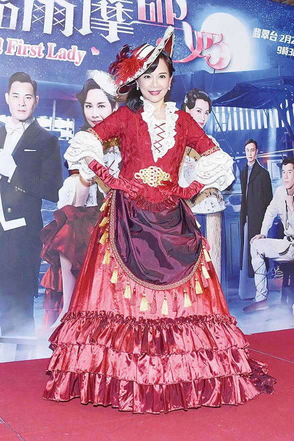 松松拍攝《福》劇,每天都大吃大喝,她笑稱增肥不少,是「幸福肥」。(郭威利/大紀元)