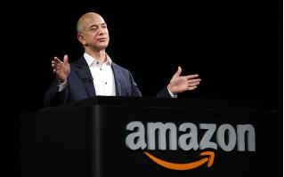 全球股市下挫,彭博報道亞馬遜創辦人貝索斯(Jeff Bezos)身家蒸發37億美元。(Getty Images)