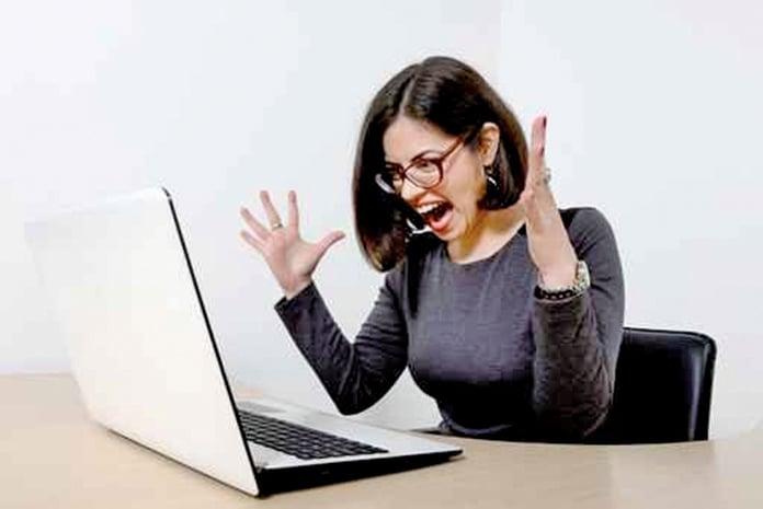 心理學家發現,在人的七種情緒中,憤怒情緒對人的損害最大,它是觸發腦溢血、高血壓、心肌梗死的主要因素。(fotolia)