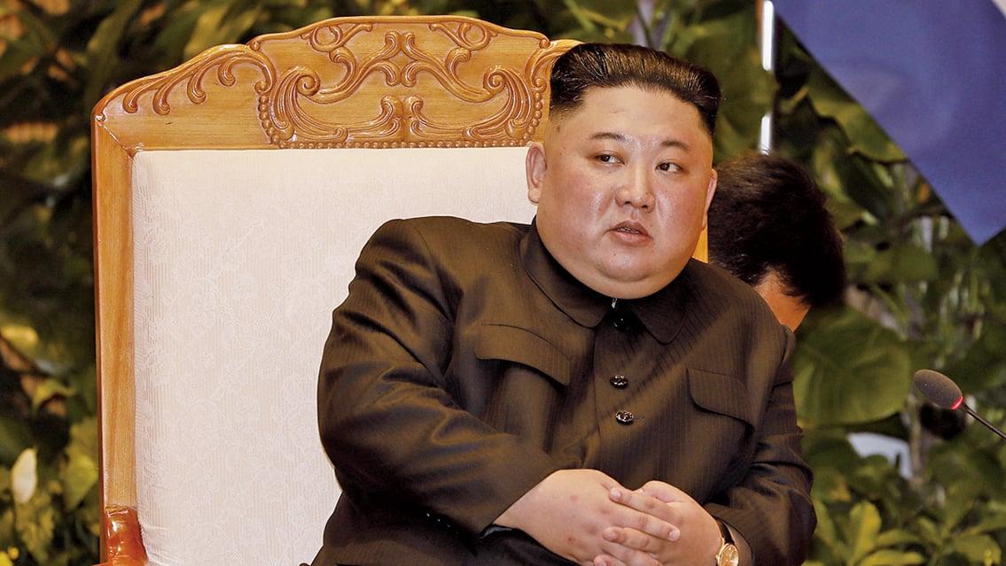 韓媒稱,金正恩2日已離開酒店直接回國不見習近平,但一班保安仍留在酒店內,花近5小時清理金正恩留下的髮絲、痰液等。(AFP)