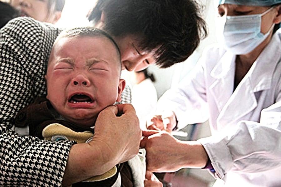 疾控官員為問題疫苗辯解被轟